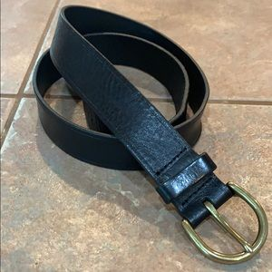 Simple madewell black leather belt 1.25 inches med
